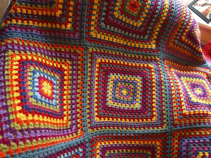 Great link for easy to follow crochet instructions.....if I can you can :)