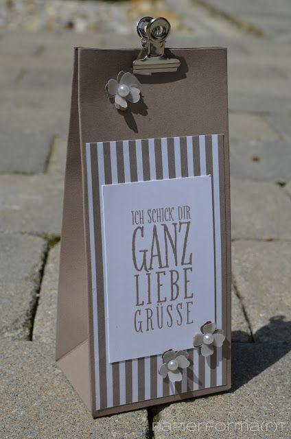 Papierforma(r)t: Verpackung mit dem Stanz- und Falzbrett für Gesche...