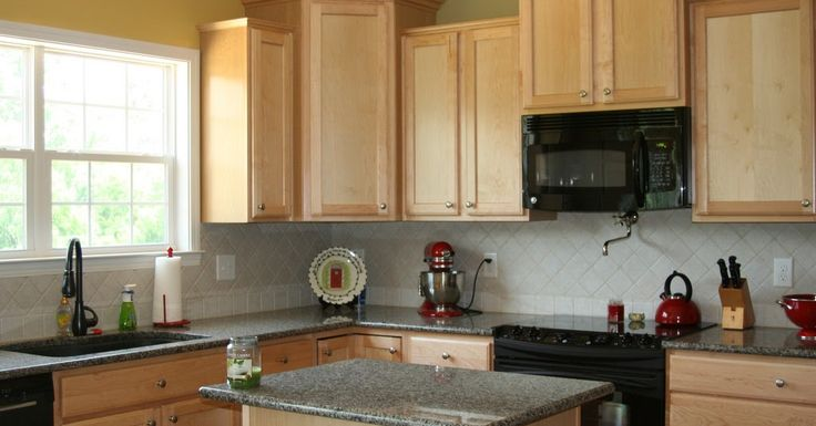 Remodeling Your Kitchen: Should You Hire a Decorator?