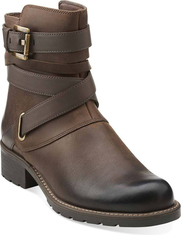 buy clarks womens boots