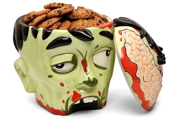 Zombie Head Shaped Cookie JarCandies Jars, Kitchens, Chocolates Chips, Zombies Cookies, Cookie Jars, Zombies Head, Head Cookies, Halloween, Cookies Jars