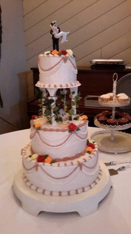 Cynthia Bell cakes