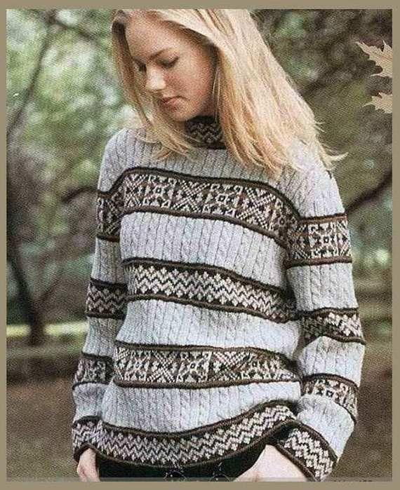 Озорные петельки: Женский пуловер с орнаментом