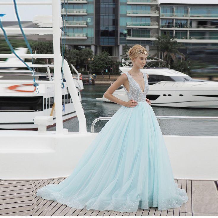 2017 Sexy Lange Prom Kleider Glänzendem Kristall Perlen Pailletten Formale Sky Blue Abendkleider Doppel V-ausschnitt Geschwollene kleid //Price: $US $189.00 & FREE Shipping //     #abendkleider