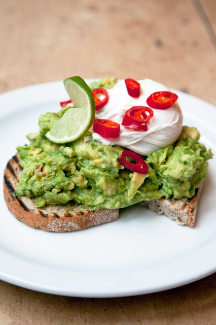 Brunch Spots - Places To Go In London The Breakfast Club The Breakfast Club is where you go if you want to keep the party going from the night before. This kitschy-cool resto offers an almost-overwhelming amount of brunch options. If our blood-sugar levels are feeling a little low (read: we're hungover), the breakfast burrito is our dish of choice. But, the smashed avocado on toast with poached eggs and fresh chilli is pretty hard to beat, too.