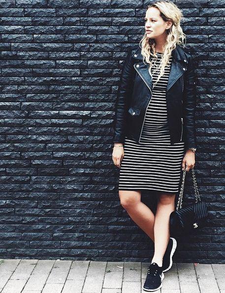 La robe marinière moulante, la meilleure amie des futures mamans ! (blog Anouk Yve)