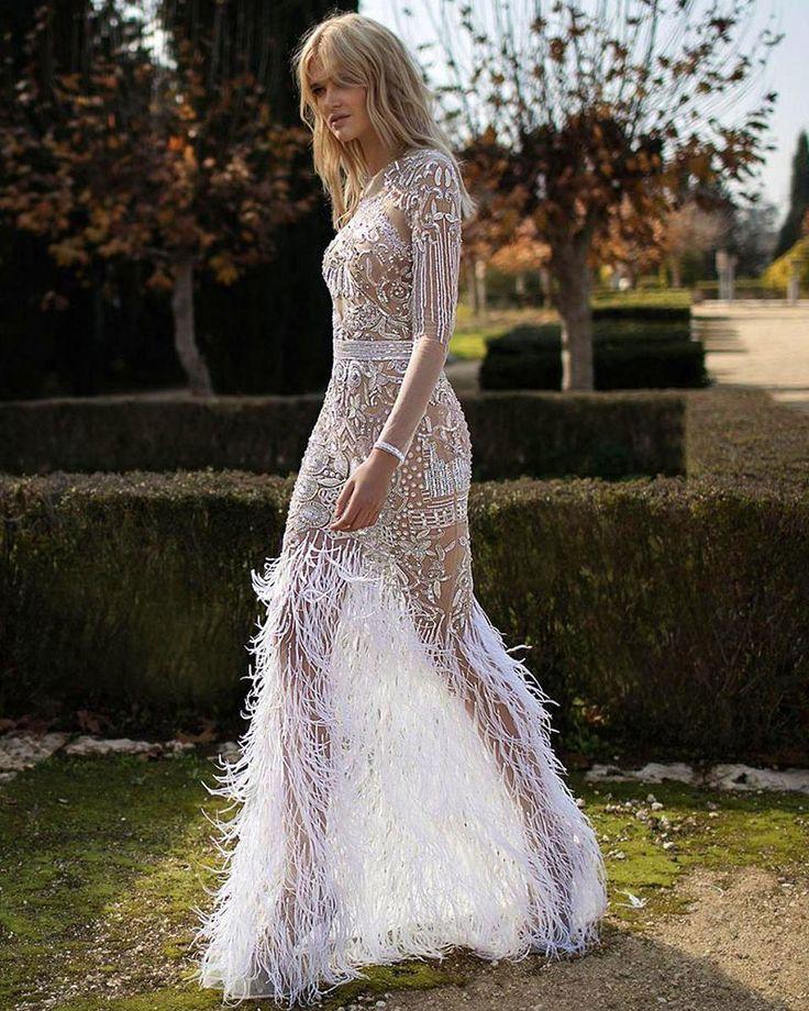 Свадебное платье с перьями - 20 примеров