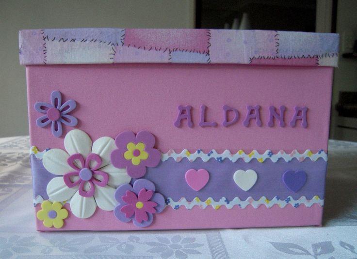 Pa aleras para bebes pintadas buscar con google mi - Cajas decoradas para bebes ...