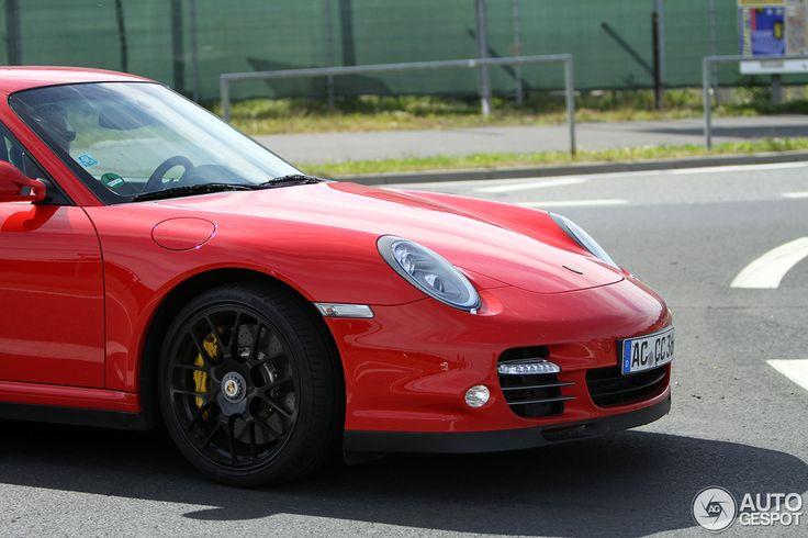 Porsche 997 Turbo S - 13 July 2015 -  Autogespot