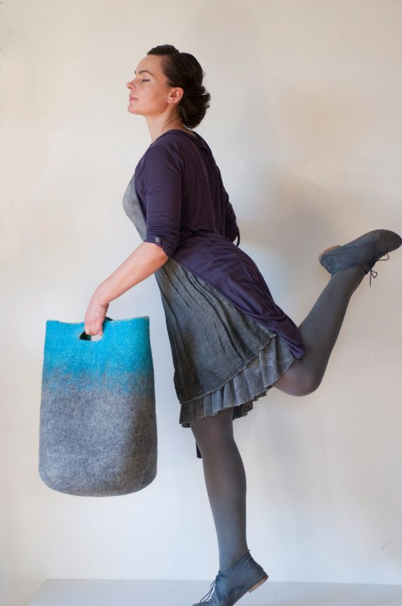 MEDIUM SIZED Turquoise Sturdy Everyday Art Bag / Carryall / Tote / Basket / Shopping / Market / Picnic / Hand felted wool / Wearable Art