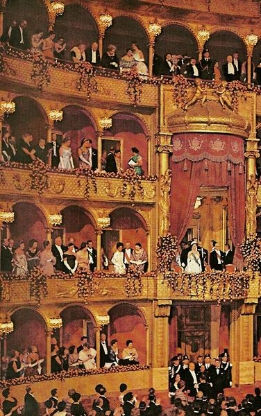 Rome's opera house hails the Queen (National Geographic | November 1961)