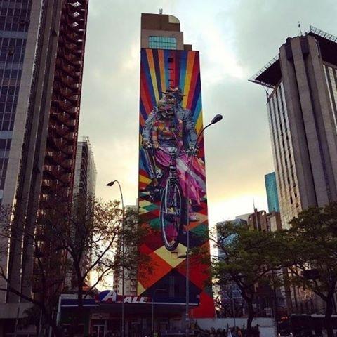 Sao paulo arte de grafite nas ruas    O clique da Avenida Faria Lima foi enviado por @steph_calasanss, via Instagram, com a marcação #vejasp  #bomdia #sp #saopaulo #saopaulocity #sampa #clima #tempo #climatempo #previsaodotempo