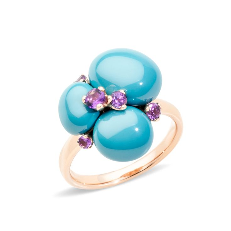 Pomellato knows just what's needed for summer – the rings from the Capri collection are just waiting to be stacked, loved and admired at the poolside – whilst sipping Apperol Spritz, of course! #jewellery #rings #fashion