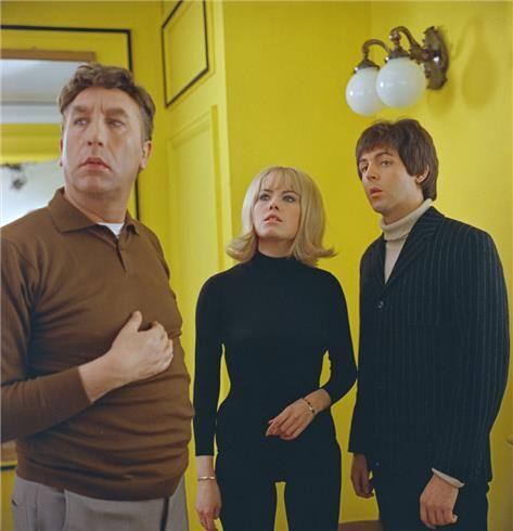Frankie Howerd, Wendy Richard and Paul McCartney, Twickenham. Cut Scene. | Vincent Vigil Collection