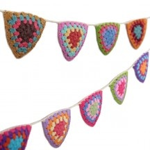 crochet pennant banner $38: Crochet Pennant, Crochet Needle, Knits Bags, Halloween Parties, Crafts Ideas, Children Rooms, Pennant Banners, Banners 38, Beautiful Goodies