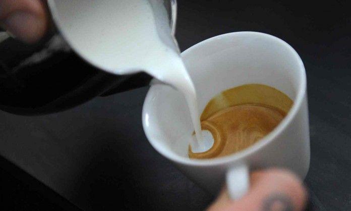 Учитель химии раскрывает секрет, как сварить идеальный кофе! Я в восторге от результата!Как сварить чашечку кофе, которая будет если и не идеальной, то очень вкусной. [[MORE]]Я учитель химии — естественно, что прежде всего меня привлекает и восхищает...