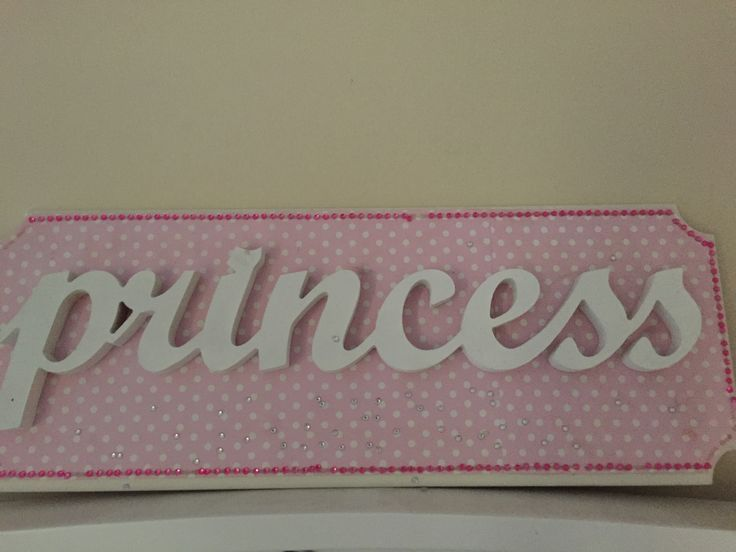 Easy little craft to make for your little girls room.
