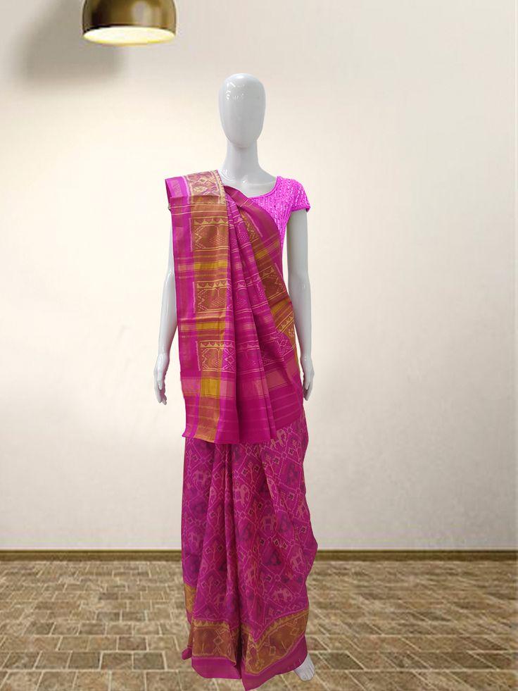Rajkoti Patola Saree  For more details  call/whatsapp- 91-9377399299  #sankalpthebandhejshoppe #patola #handwovensaree #designersaree #bandhej #bandhani #tie&dye #bandhanisaree