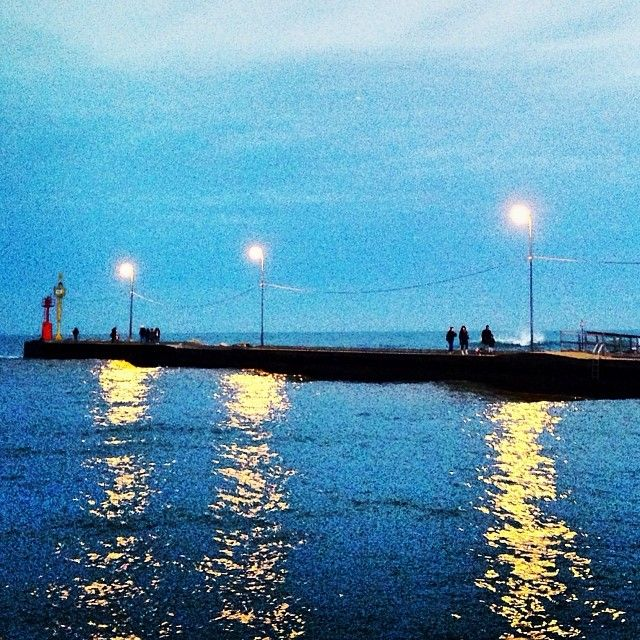"Molo di Cesenatico ""Come in un quadro di Van Gogh"" - Instagram by francescafabbri"