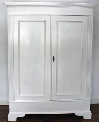 antik und klassikm bel torhaus warnau wei er schrank. Black Bedroom Furniture Sets. Home Design Ideas
