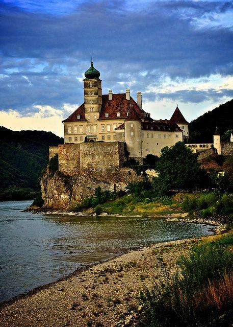 Schönbühel Castle on the Danube River / Austria .