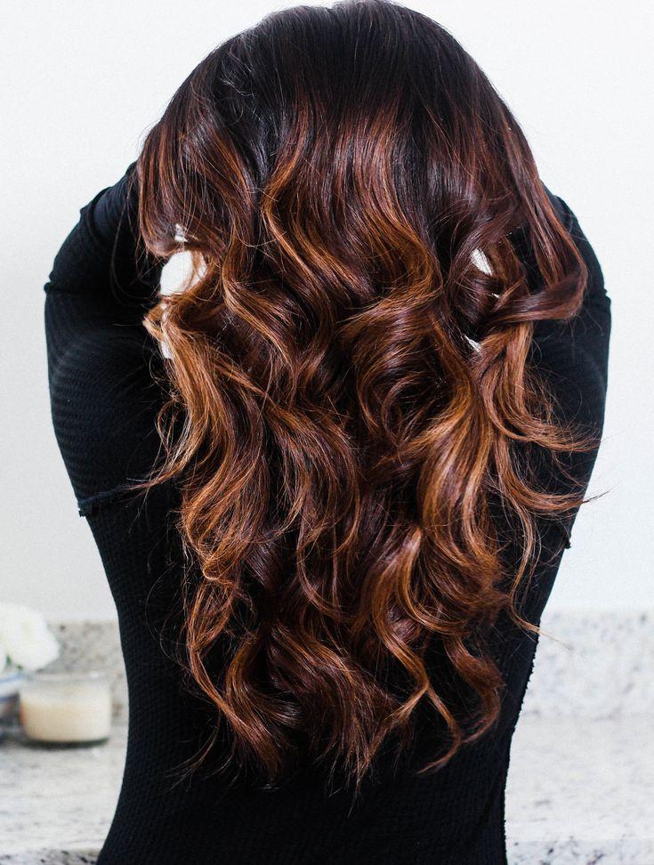 How to Make Wavy Curls Last (+ Easy Mom 'Dos!), long wavy curls, long wavy hair, #longhair, hair tutorial, haircare, haircare tips, easy hairstyles, simple hairstyles