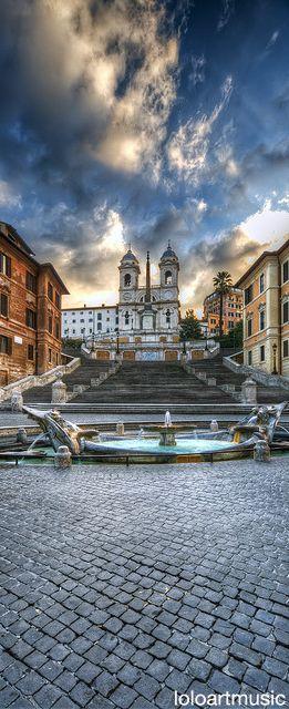 バルカッチャの噴水からのローマ スペイン広場 -スペイン階段