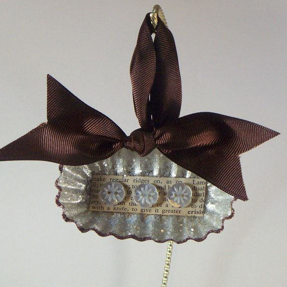 Upcycled Vintage Oblong Tart Tin Ornament by crafterella on Etsy, $10.00