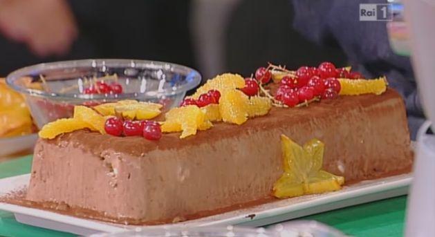 La ricetta della mattonella al cioccolato zenzero e arance di Ambra Romani