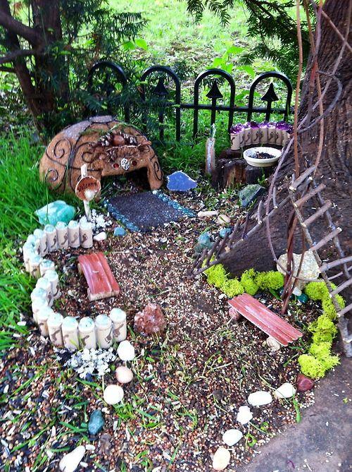 Mejores 45 im genes de jardin de liliput en pinterest for Decoracion jardin gnomos
