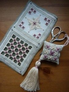 Have the prettiest needlework accessories around with this Punto Antico  scissor fob and needlebook.  Punto Antico will become your new favorite form of needlework!  Il Giardino Antico Accessories.