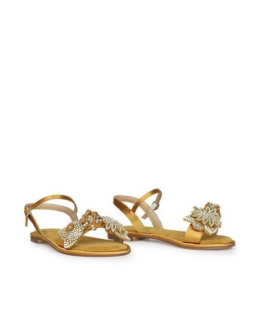 2784760d9af0 Sandalias planas de mujer Alma en Pena de ante en oro con pedrería ...