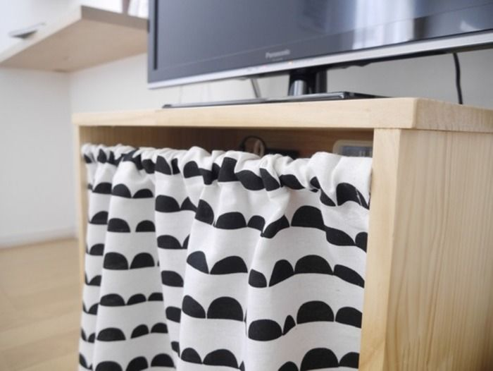 おしゃれな目隠し カフェカーテン の作り方 インテリア実例集 キナリノ カフェカーテン 棚 目隠し 部屋 インテリア