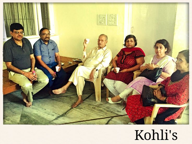 Mohan lal Kohli family with suresh and neelam