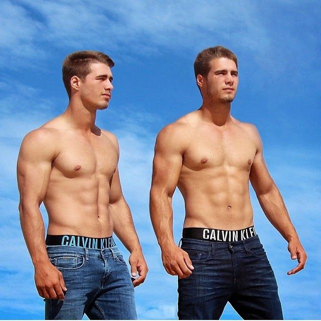 Pin On Sexiest Twins-1364