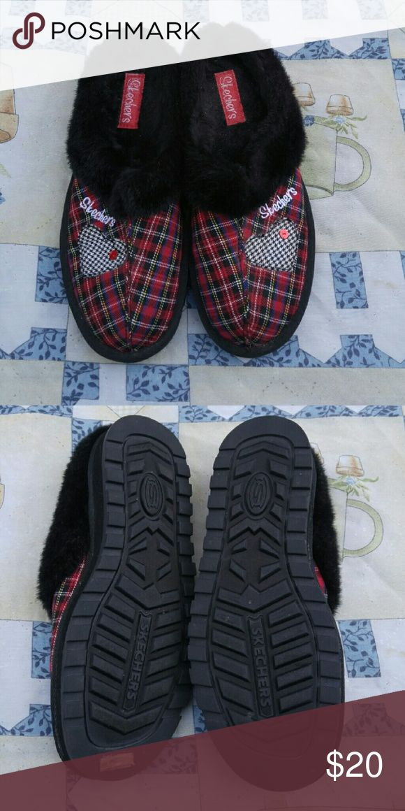 Sketchers Tartan Plaid Slippers Skechers Tartan Plaid Slippers Mule Red Black Faux Fur trim SZ 9.5 Womens Gently used with no flaws. Please see photos for details. Thank you for looking Skechers Shoes Slippers