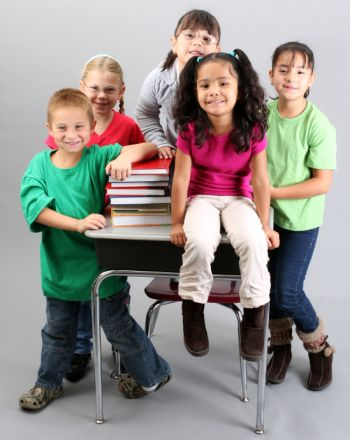 Learn about the social, emotional, physical and intellectual milestones of 6 to 7 year olds.Pinned by Pathways to Positive Parenting, come visit our site. http://www.pinterest.com/pathways2pp/