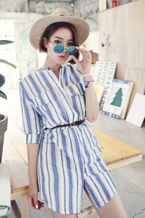 Today's Hot Pick :ストライプ柄チャイナカラーロングシャツ http://fashionstylep.com/SFSELFAA0022588/insang1jp/out ストライプ柄がサマー気分を上げてくれるロング丈シャツ★ フロントの大きなダブルポケットがグラマラスなバストを演出してくれます。 しなやかな生地で女性らしく着こなせます。 お手持ちのベルトを加えてシャツワンピース感覚で着こなすのがオススメ。 レギンスやスキニーと合わせたり、さらっと羽織っていただいても◎ 身長によって着丈感が異なりますので下記の詳細サイズを参考にしてください。 ◆色: ブルー