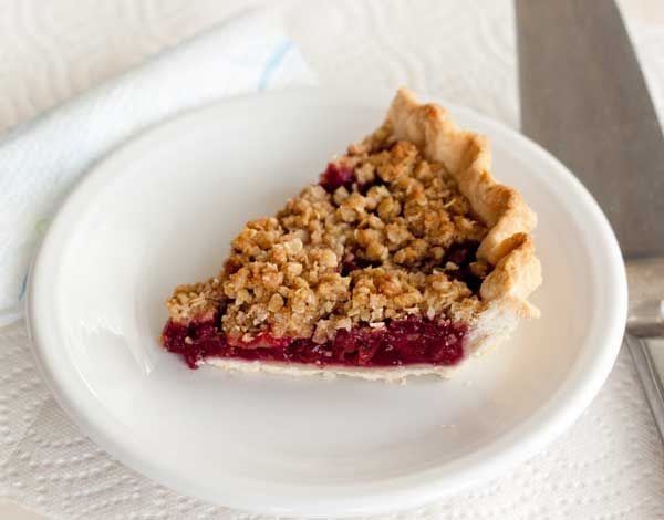 Cherry Crumb Pie [SH 11/16: used my own crust, this filling x2 and this topping with pecans instead of oats. Yummy!]