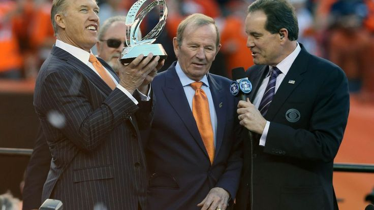 Broncos fans in Seattle are walking to end Alzheimer's in honor of Pat Bowlen.
