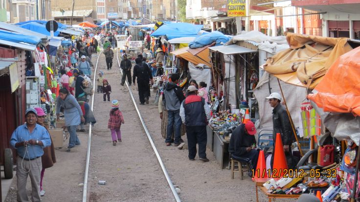 The rail side marketplace of Cuzco, Peru - Photo by David Craig, Group Escort