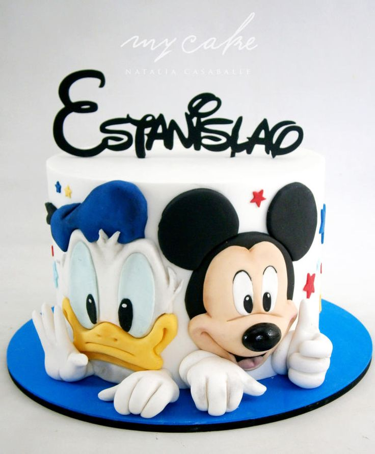 Mickey Mouse - cake by Natalia Casaballe