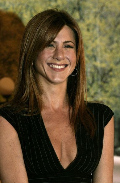 More Pics of Jennifer Aniston Long Straight Cut with Bangs ...
