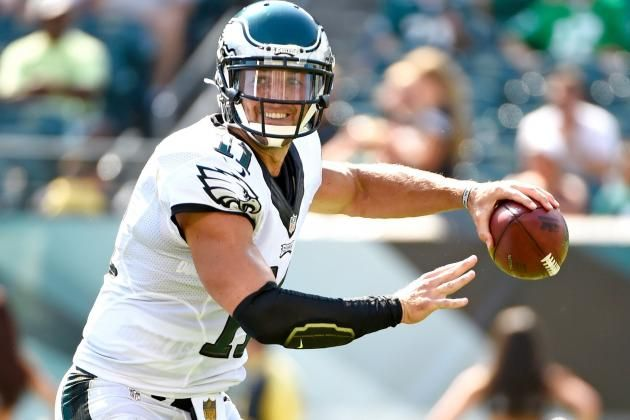 Tim Tebow Provides Spark in Eagles Debut but Still Has Long Way to Go