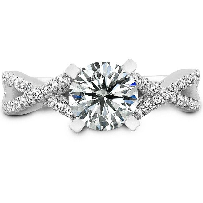 I would love love love to receive this ring. Show it to the boy? :D