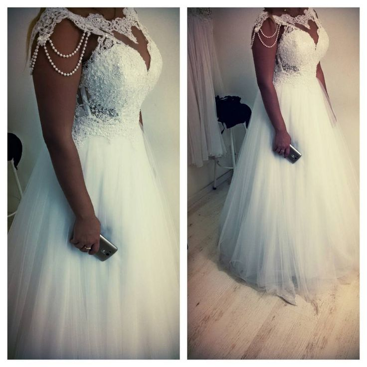 Brides can obtain affordable #plussizeweddingdresses or replicas that you can customize at www.dariuscordell.com
