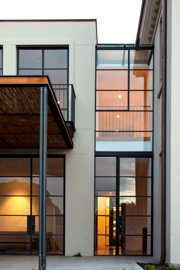 Luigi Rosselli Architects   Heritage & Modernity   © Edward Birch