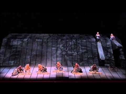 The Ride of the Valkyries / Die Walküre / Wagner's Ring Cycle at the Met, Deborah Voigt and the intricacies of this latest set mechanism.