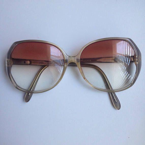 1970s prescription sunglasses/unisex sunglasses /womens #70sglasses #disco #sunglasses #sunnies #vintage #eyewear #glasses #vintageglasses #70svintage #womensglasses