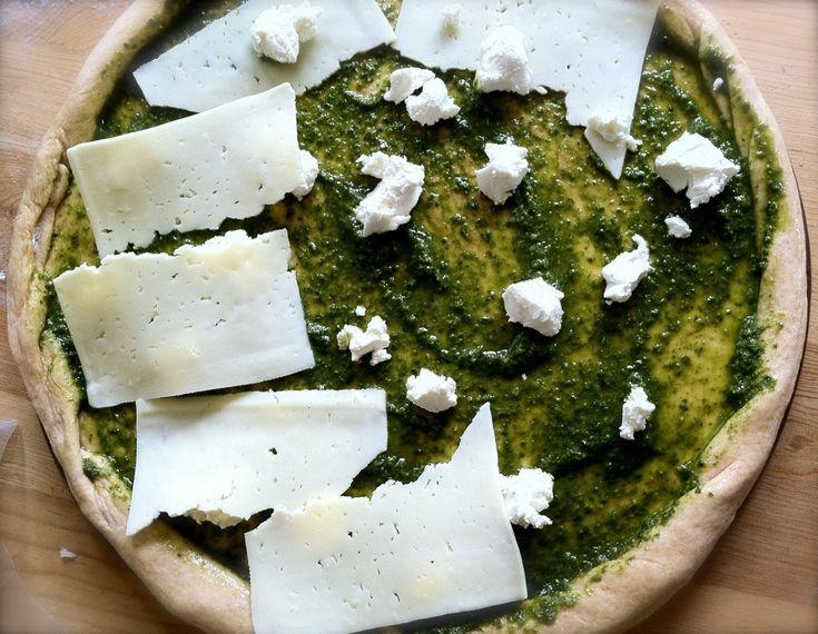 pesto cheese pizza | Pizza | Pinterest